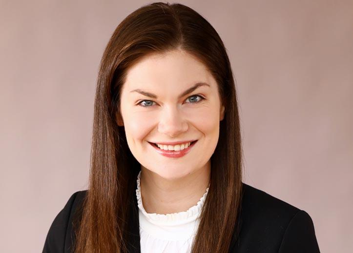 Kelsie Hendren - Dedicated Tireless Passionate Responsive Employment Attorney